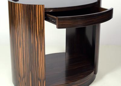 Deco 600 End Table Makasar 22X31X28-1